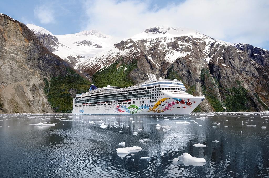 Norwegian Cruises Ship Norwegian Pearl Norwegian Pearl