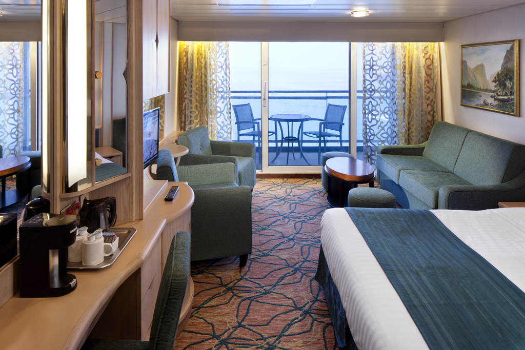 Royal caribbean cruises ship legend of the seas legend for Balcony cabin cruise deals