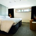 (D) Standard Suite