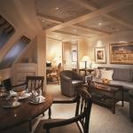 (R1) Royal Suite (One Bedroom)